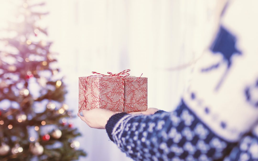 10 Easy Ways to Boost Your Sales with Holiday Promotions